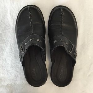 Clarks Bendables Mules Black Leather 7.5 M